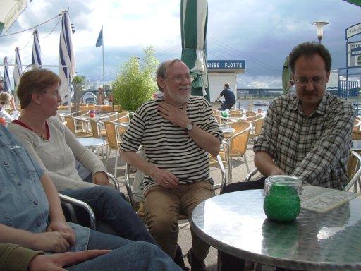 http://ftp.theochem.ruhr-uni-bochum.de/outgoing/webdata/fun/2005/ex05large16.jpg