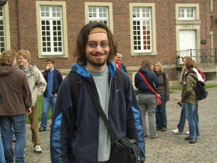 http://ftp.theochem.ruhr-uni-bochum.de/outgoing/webdata/fun/2007/ex07large12.jpg